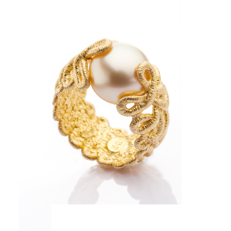 f115f2ae9812 Anillo encaje de oro con perla australiana