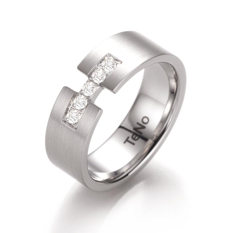 Anillo acero y diamante